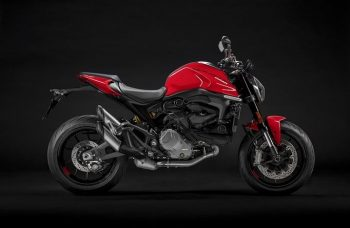 Location Ducati Monster New 2021 Nice
